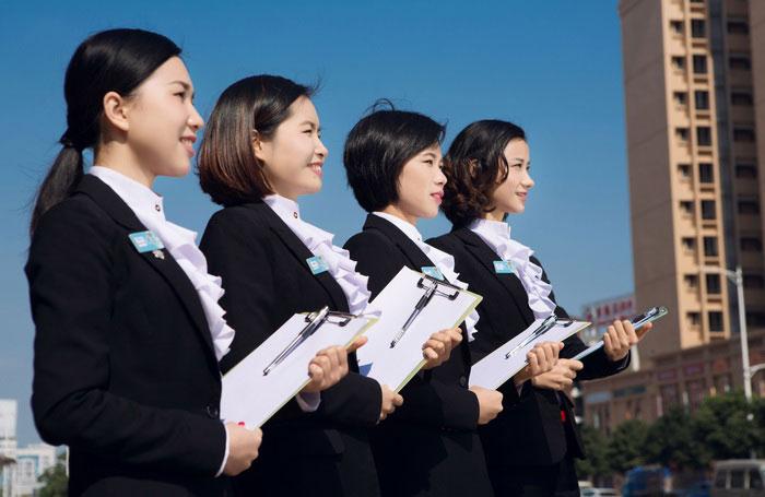广东美容师工资一般多少钱一个月