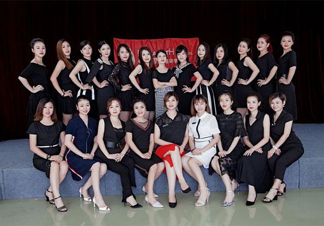伊丽莎白创业班开美妆化妆店要如何做好品牌宣传