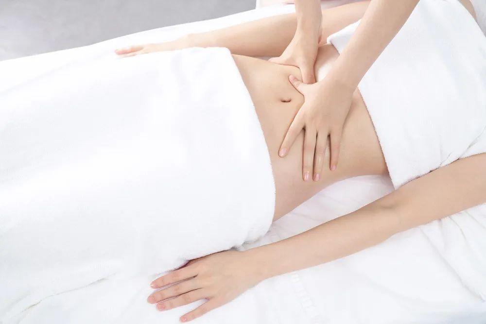 美容是件专业的事情。背部、腿部和面部,每一个部位的护理都需要下真功夫