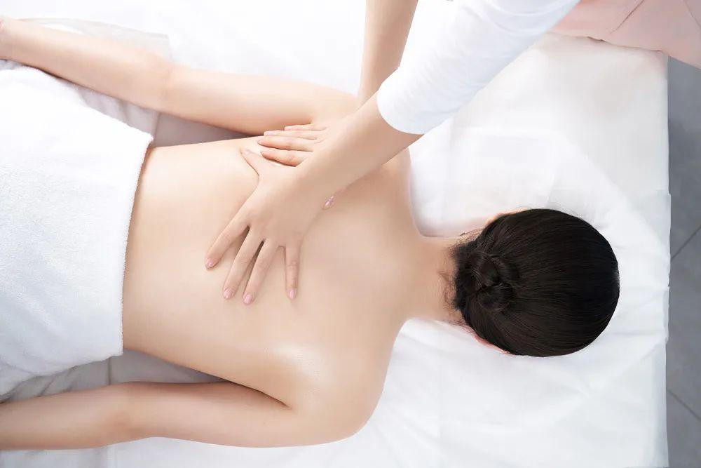 背部和腿部护理